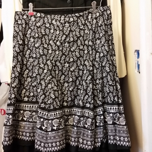 Black and white India print skirt with sequins