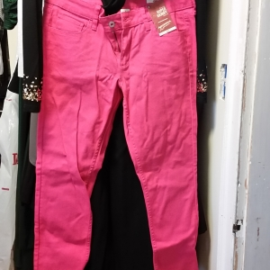 Hot pink low-rise skinny jeans